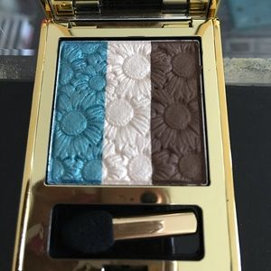 Elizabeth Arden Viridian Bloom eyeshadow trio